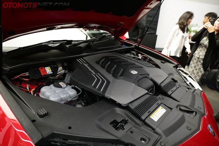 Lamborghini Urus , Mesin V8 twin turbo 4.000 cc, tenaganya 650!