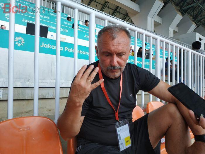 Pelatih Tira-Persikabo, Igor Kriushenko, di Stadion Pakansari, Kabupaten Bogor, Rabu (29/1/2020).