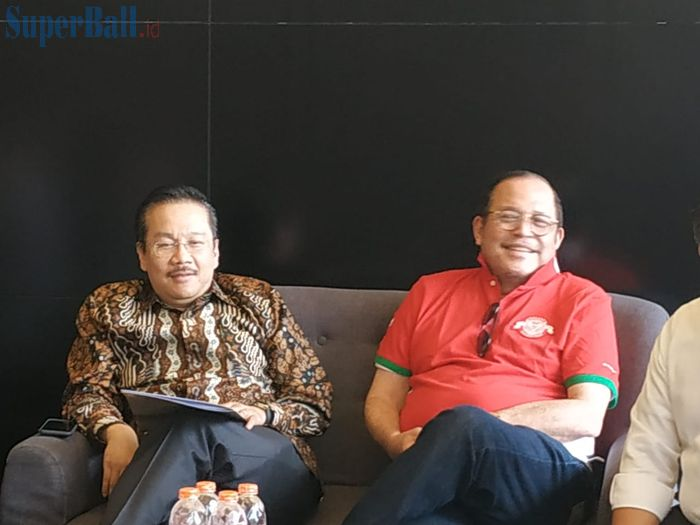 Ketua Komite Pemilihan (KP), Syarif Bastaman dan Ketua Komite Banding Pemilihan (KBP), Erwin Tobing, di Garuda Store, Jakarta, Kamis (12/9/2019).