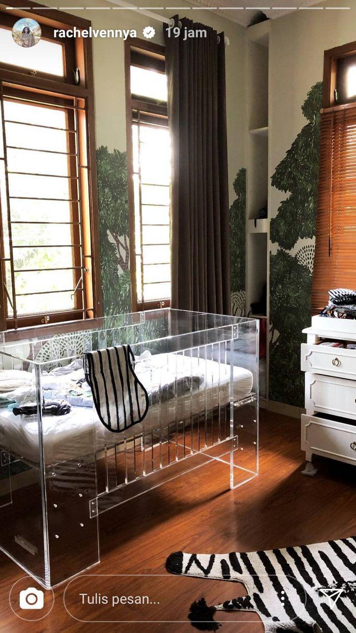 Tempat tidur anak pertama Rachel Vennya, Xabiru