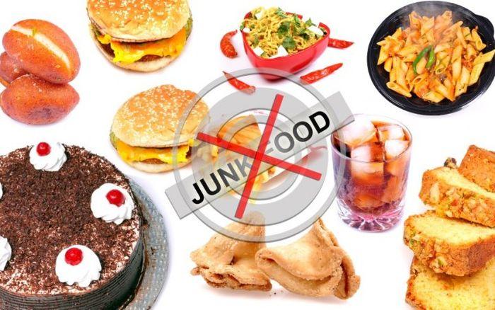 Makanan junk food harus dihindari