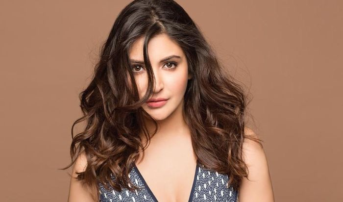 Anushka Sharma yang tetap cantik hingga sekarang