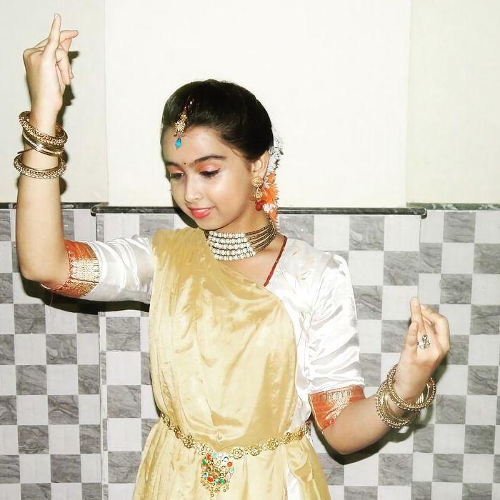 Sparsh adalah penari Kathak