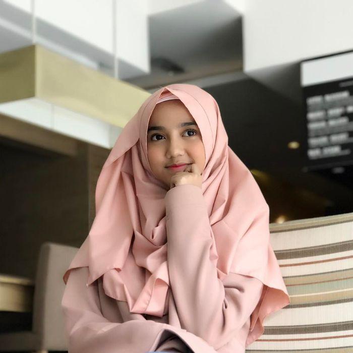 Wirda, putri cantik ustadz Yusuf Mansur