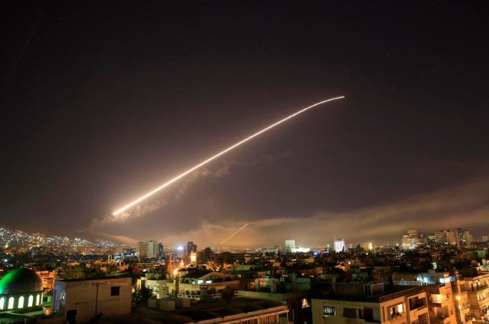 Pusat penelitian senjata kimia di Suriah di rudal.