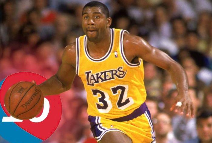 Atlet yang pernah terkena virus HIV.