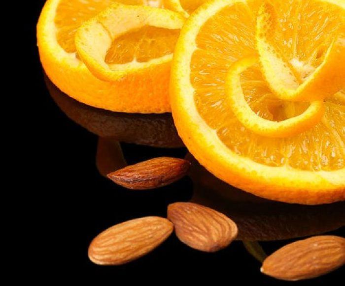 jeruk dan kacang almon