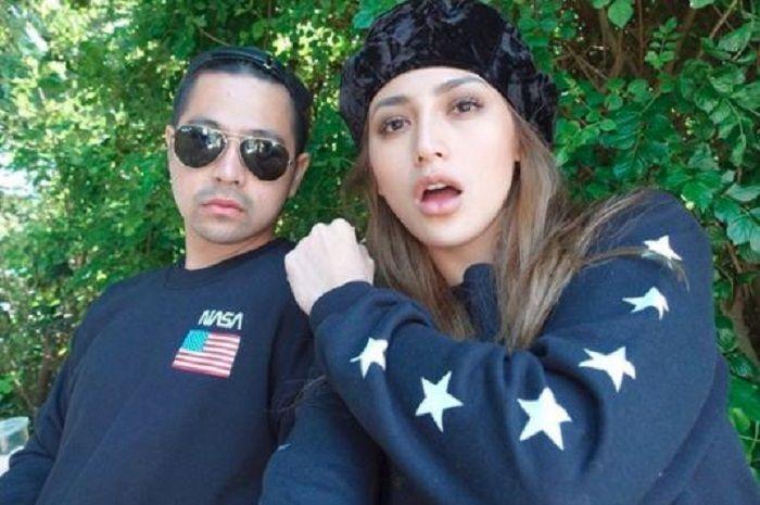Jessica Iskandar dan kakak laki-lakinya, Erick Bana Iskandar.