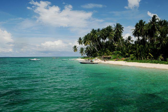 Pulau Derawan merupakan salah satu daya tarik wisata di Provinsi Kalimantan Timur, Indonesia.