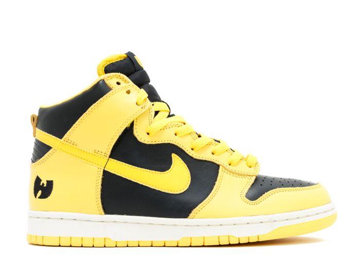 Nike Dunk High Le Wu-Tang – Rp 209 juta
