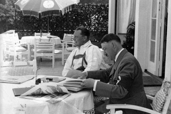 Hitler memiliki masalah pencernaan akut