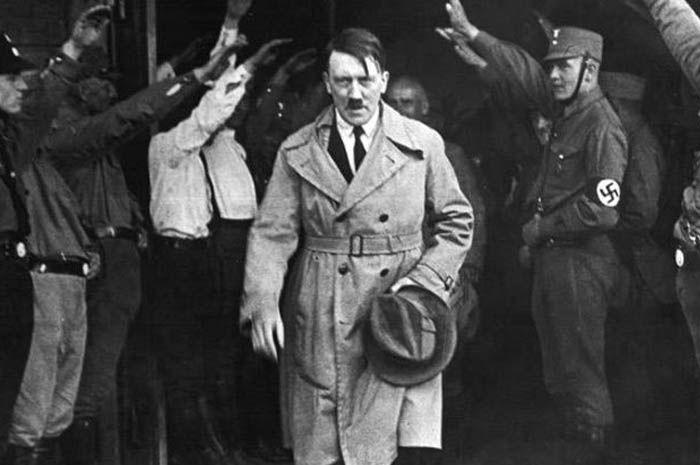 Saat masih kecil, Hitler pernah nyaris tewas tenggelam