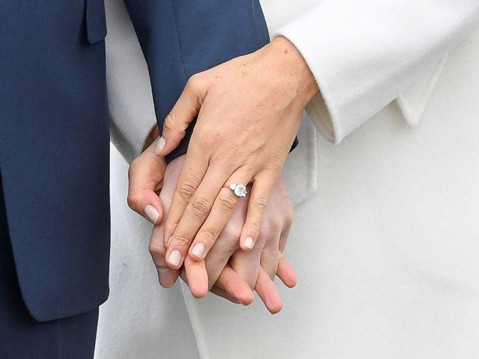 Cincin pertunangan Pangeran Harry dan Meghan Markle