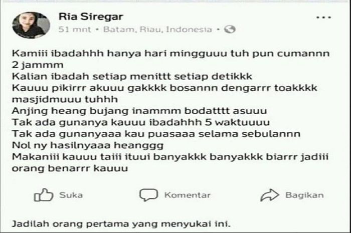Status Ria Siregar