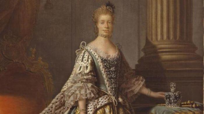 Ratu Charlotte.