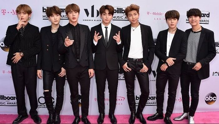 body BTS di BBMAs 2017