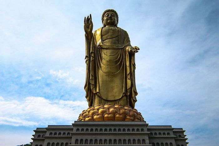 Spring Temple Buddha di Myanmar