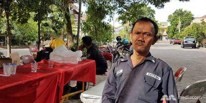 Hery, satpam komplek perumahan Dita Supriyanto