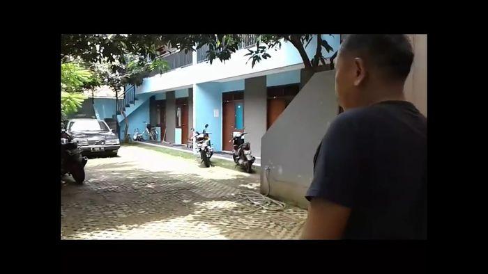 Rumah Tukul Arwana/ Foto oleh Akun Youtube Eksis