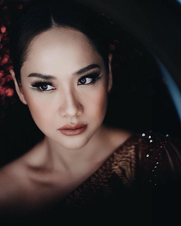 Bunga Citra Lestari selalu tampil flawless dengan makeup
