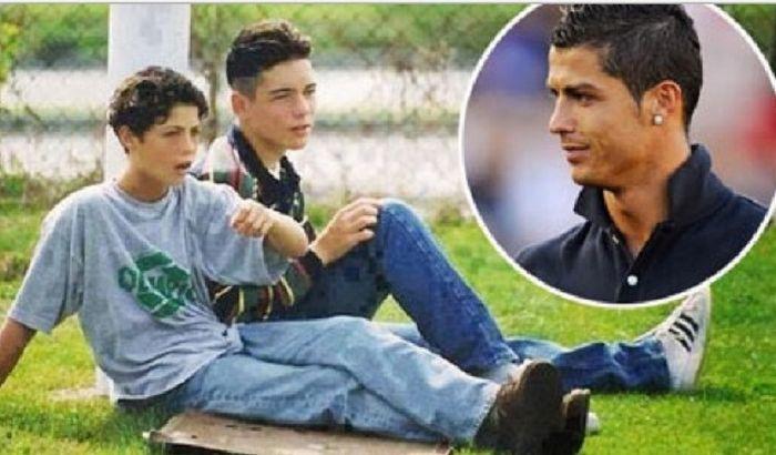 Ronaldo dan Fantrau kecil.