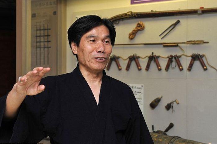 Jinichi Kawakami, ninja terakhir di jepang.