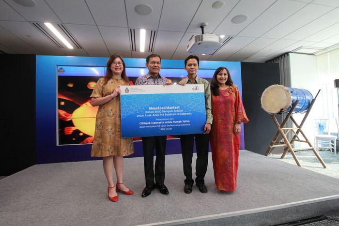 Bermedia sosial sambil berdonasi, Citibank Indonesia meluncurkan kampanye sosial #MaafJadiManfaat di