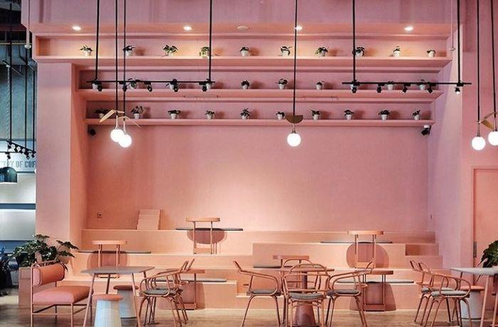 kafe pink di jakarta | instagram/ottomans.coffee