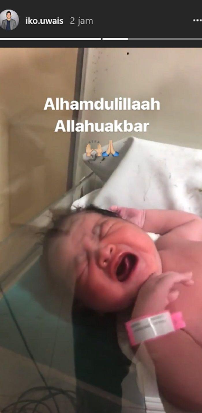 Baby Iko Uwais dan Audy Item