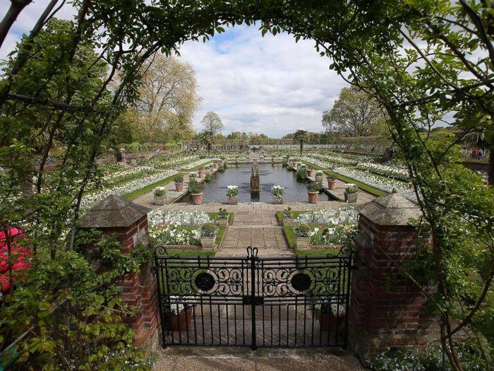 White Garden di Kensington Palace