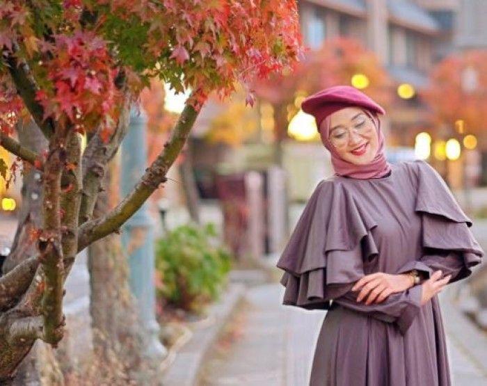 Inspirasi Padu Padan Topi Dan Hijab Ala Dian Pelangi Yang Bikin