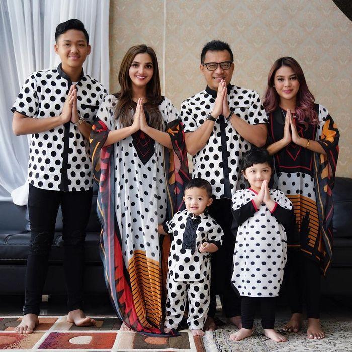 Ashanty dan Anang serta keluarga