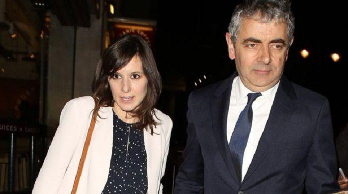 Rowan Atkinson dan kekasihnya, Louise Ford