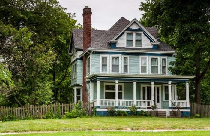 rumah masa kecil Sam yang telah direnovasi