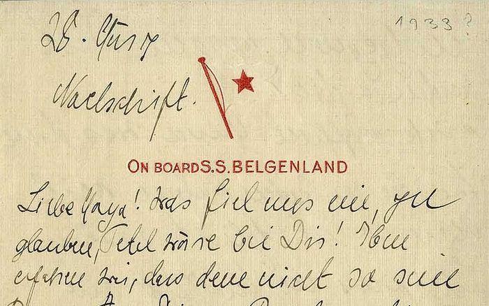 Potongan surat Einstein yang mengungkap pelariannya dari Nazi.