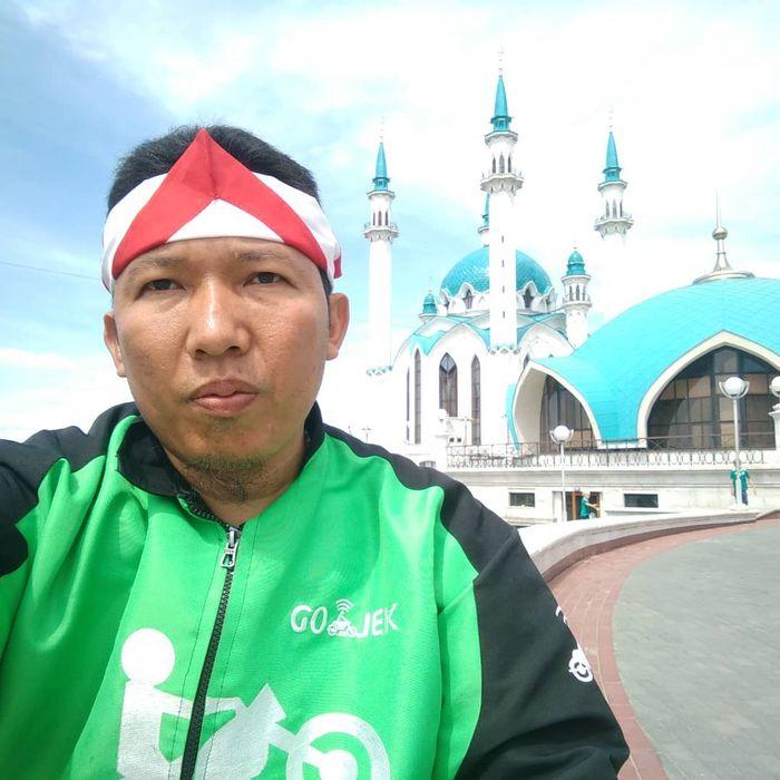 Roy Sunandar di Qolşärif Mosque