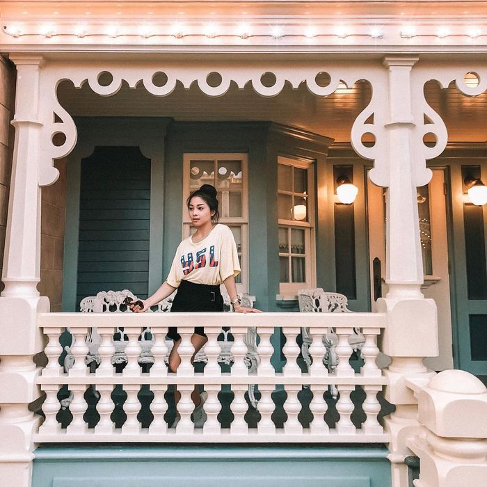 instagram.com/nikitawillyofficial94 Penampilan Nikita Willy saat mengenakan T-shirt alias kaus oblong