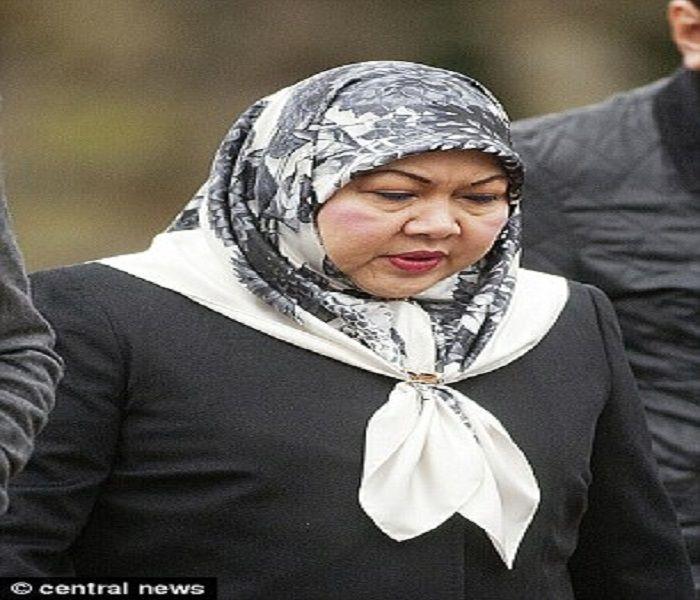 Mariam Aziz saat berada di London