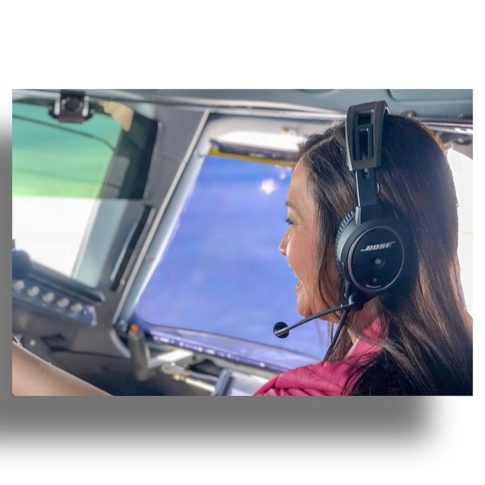 Dari Batu ke Langkawi, Maia Estianty Nyupir Pesawat Jet Sendiri