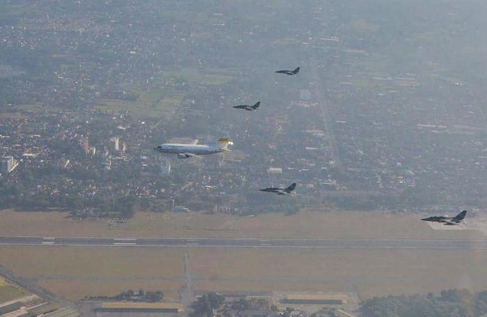 Pengawalan pesawat pembawa api Asian Games