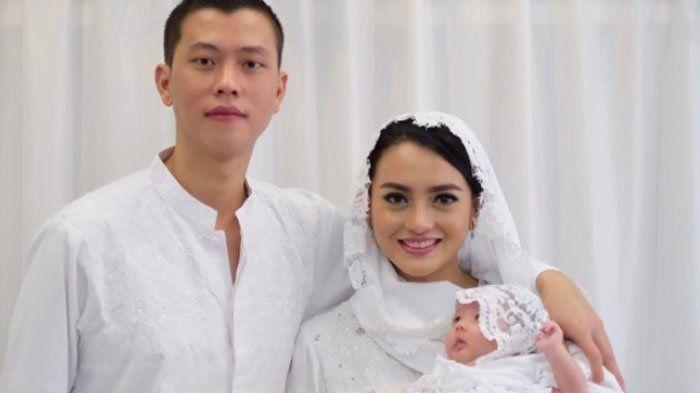 Ririn Ekawati dan almarhum Ferry Wijaya