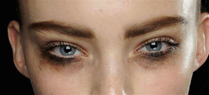 eyeliner luntur