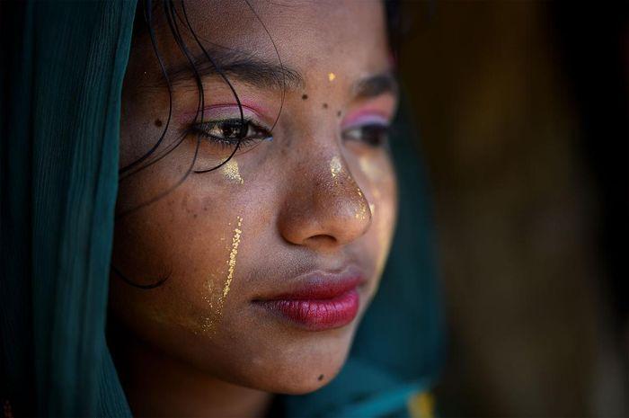 Riasan wanita Rohingnya di pengungsian