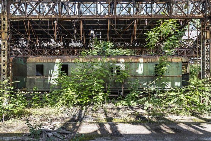 Bangkai kereta api di Hongaria.
