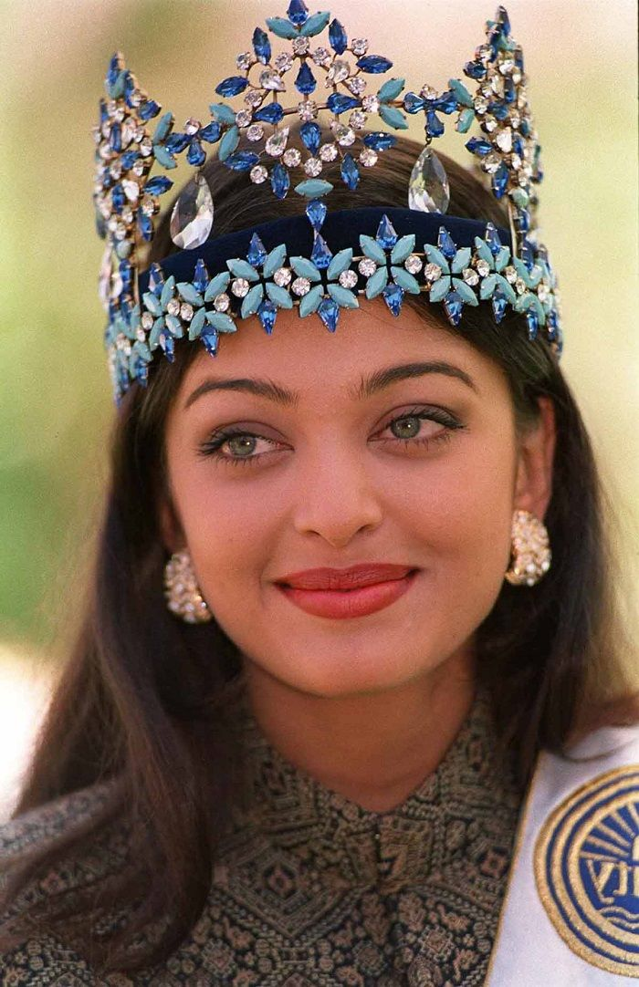 miss aishwarya ramisetti Aishwarya is one of the first miss world winners from india and is a veteran actress in bollywood the beauty queen uses quite a few cars for her daily commute aishwarya uses the flagship saloon audi a8 l and the mercedes-benz s500 for her regular commutes.