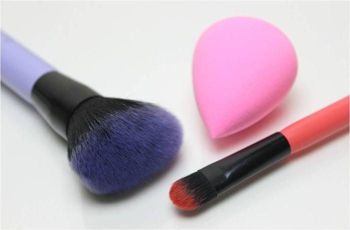 brush & spons