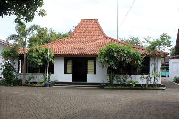 Rumah masa kecil SBY di Pacitan.