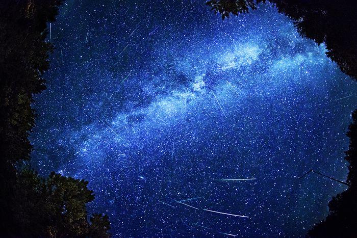 Hujan meteor Perseid 12 Agustus 2013.