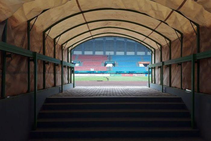 Tampilan Stadion Patrior Candrabraga