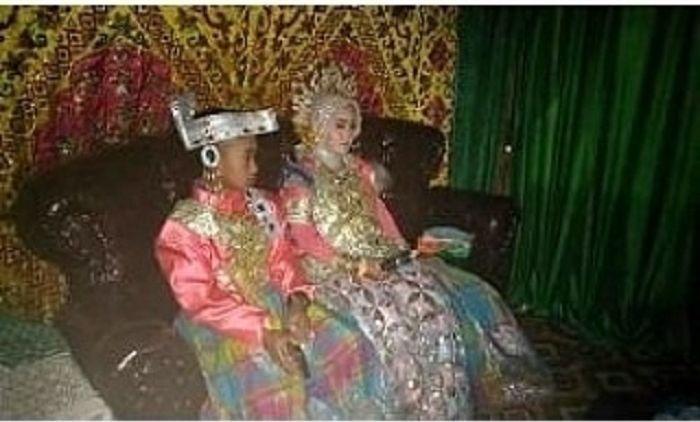 Potret acara pernikahan bocah SD dan siswi SMK di Sulsel